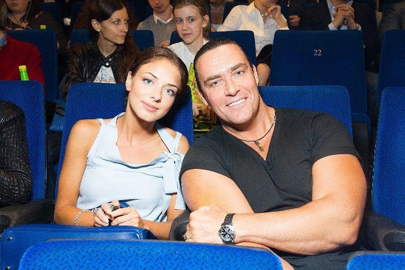 В Москве состоялась премьера фильма Люди Иск. ( фото, премьера, наши звезды, красная дорожка )