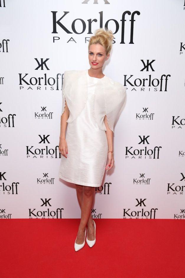 Российские знаменитости в белых нарядах на вечеринке журнала The Hollywood Reporter