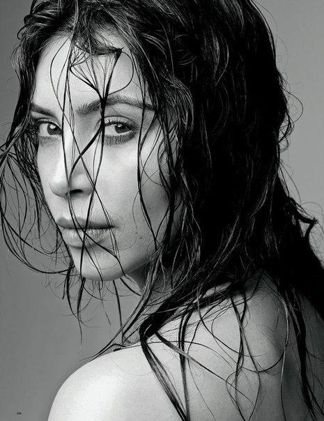 Ким Кардашян (Kim Kardashian) Love 2015 / Страница - 17
