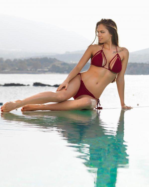 Пляжная одежда ReVeal CroChet Swimwear Фото - вязаные купальники (стильные подборки) / Страница - 1
