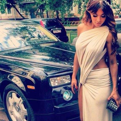 Анна Седокова удивила всех своим платьем на премии на Муз-тв 2013/ Страница - 2