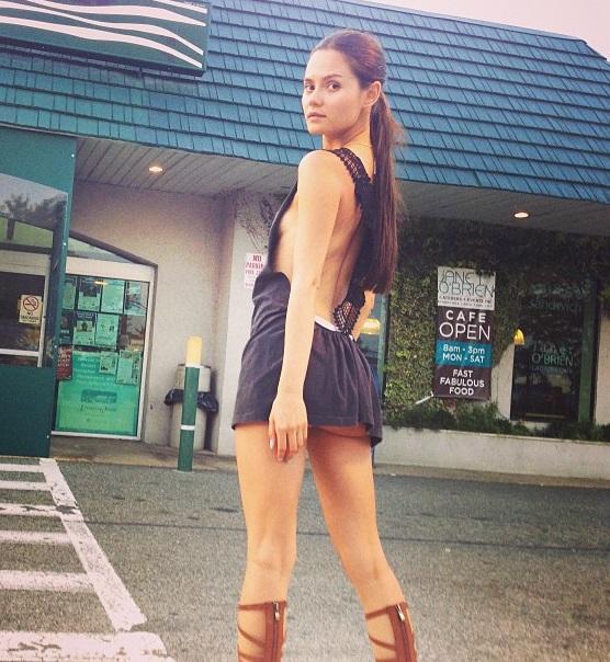 Солистка группы Фабрика Катя Ли прошлась по улицам Нью-Йорка без нижнего белья Звездная жизнь Катя Ли / Страница - 1