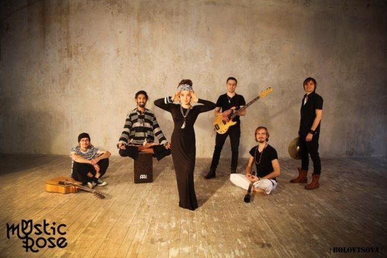 Mystic Rose Photo (Мистик Роуз Фото) русская группа, солистка Азиза Ибрагимова