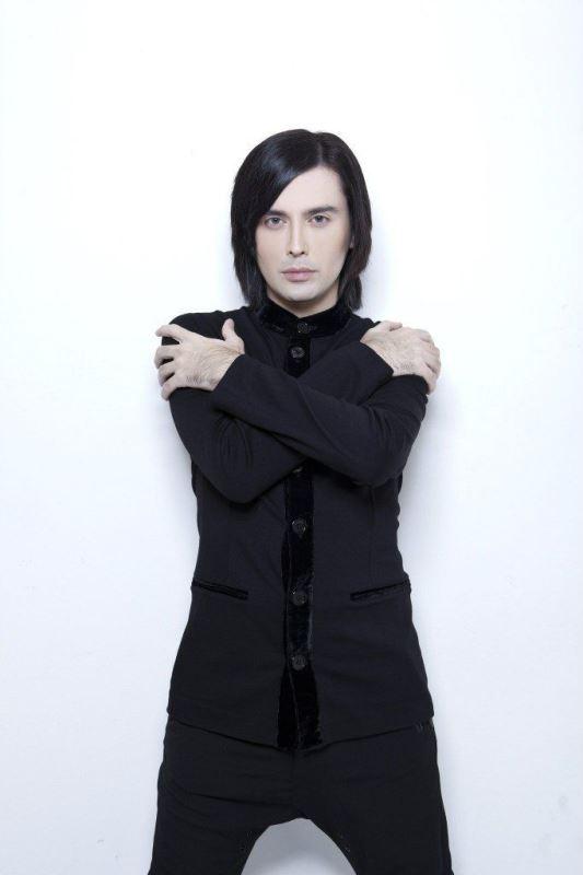 Гела Гуралиа Фото (Gela Guralia Photo) певец из Грузии, обладатель редкого голоса, участник проекта Голос2
