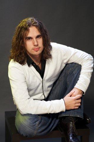 Никита Поздняков Фото (Nikita Pozdnyakov Photo) певец, участник телепроекта Голос