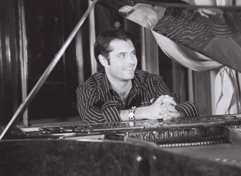 Вадим Азарх Фото (Vadim Azarh Photo) певец, композитор, продюсер из Санкт-Петербурга, участник проекта Голос2 / Страница - 1