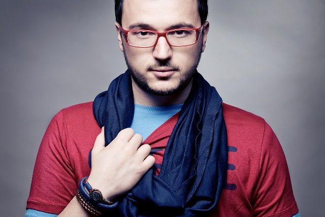 Vlatko Lozanoski Photo (Влатко Лозаноски Фото) Евровидение 2013 Македония / Страница - 1