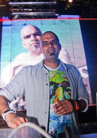 DJ Shah (Ди Джей Шах) / Страница - 9