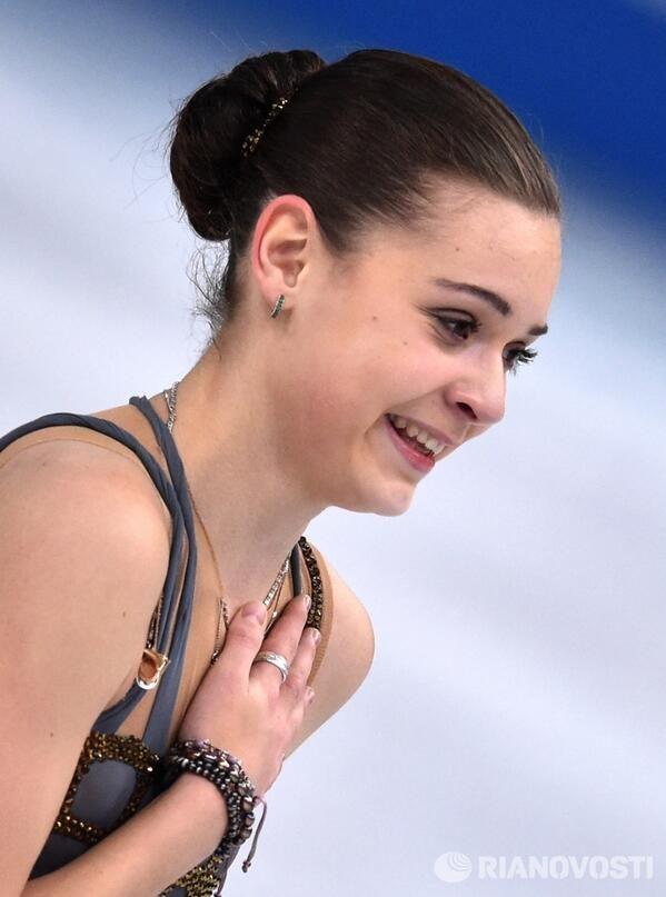 Аделина Сотникова Биография (Adelina Sotnikova Biography) фигуристка, Олимпийская Чемпионка в одиночном катании в Сочи 2014