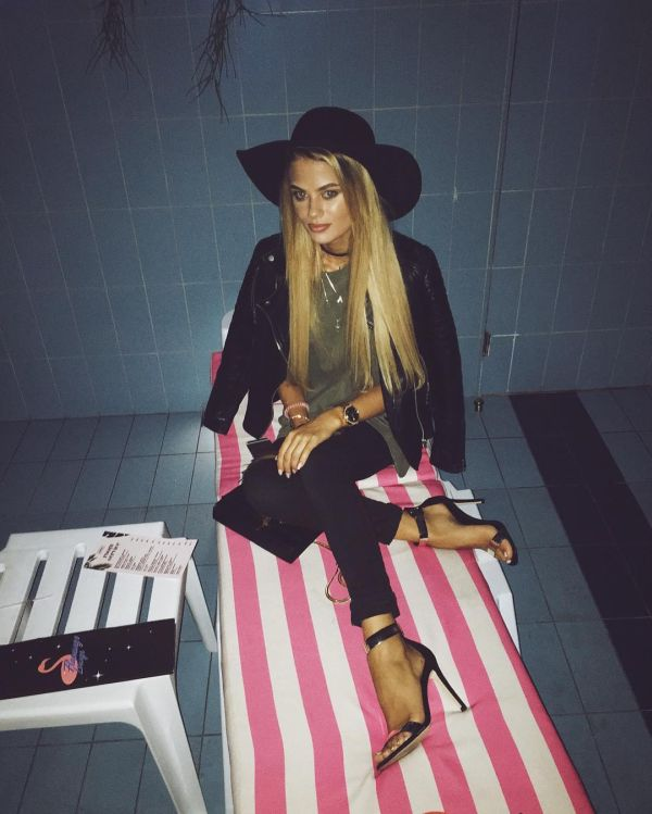 Алена Краснова Фото - модель, подруга Никиты Преснякова / Страница - 1