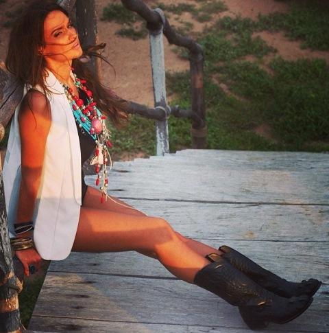 Телеведущая Алена Водонаева подала на развод и снялась в образе дикарки Алёна Водонаева Фото (Alyona Vodonaeva Photo) ведущая Каникулы в Мексике, модель