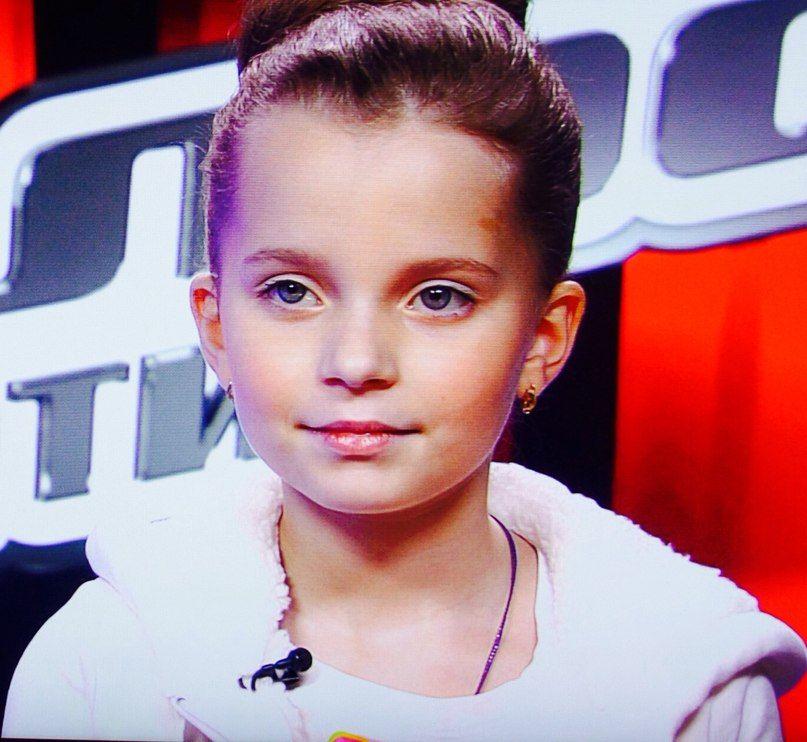 Алиса Кожикина Фото (Alisa Kojikina Photo) победительница проекта Голос.Дети 2014, юная вокалистка, участница проекта Голос / Страница - 10