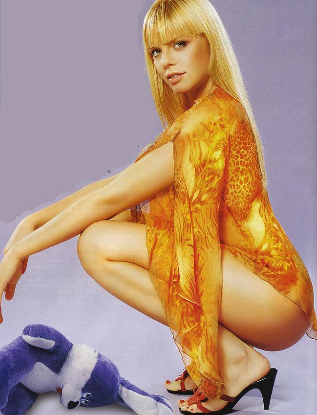 anya-stotskaya-eroticheskie-foto