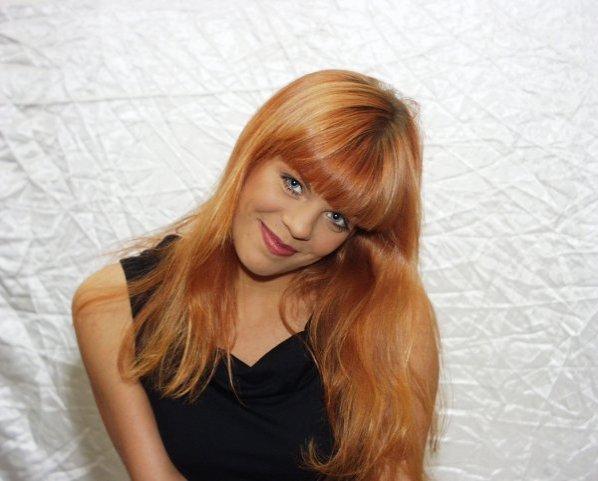 Румынская певица лаура домашнего порно