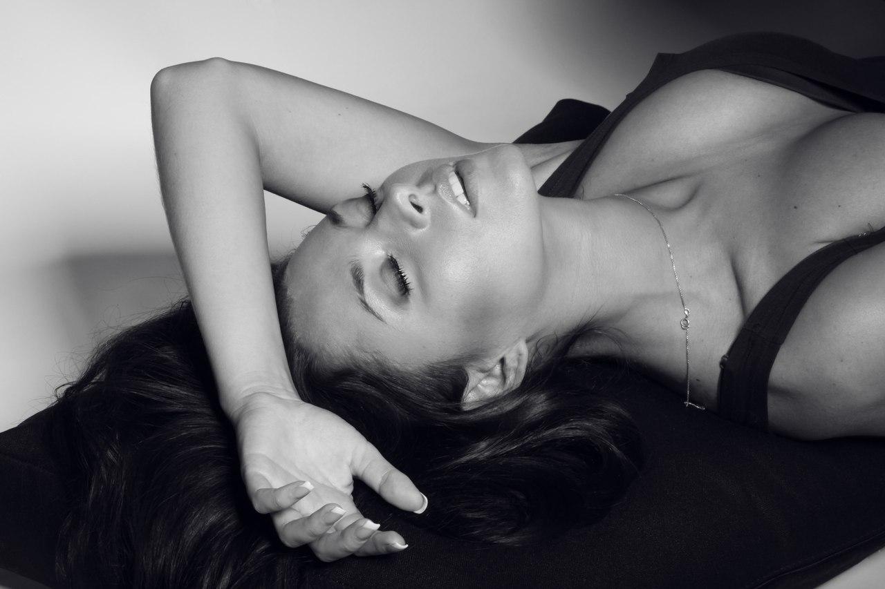 Даша Столбова Фото (Dasha Stolbova Photo) певица