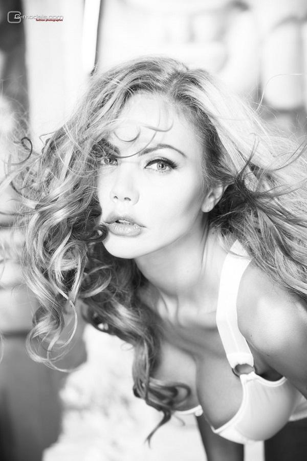 Елена Галицына Биография (Elena Galitsina Biography) певица, модель, подруга Сергея Зверева