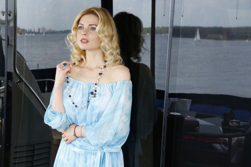 Елена Николаева Фото - телеведущая на канале Россия