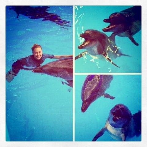 Ева Бушмина поплавала с дельфинами и выложила новую фотосессию Ева Бушмина Фото (Eva Bushmina Photo) русская украинская певица,бывшая солистка группы ВИАГРА / Страница - 2