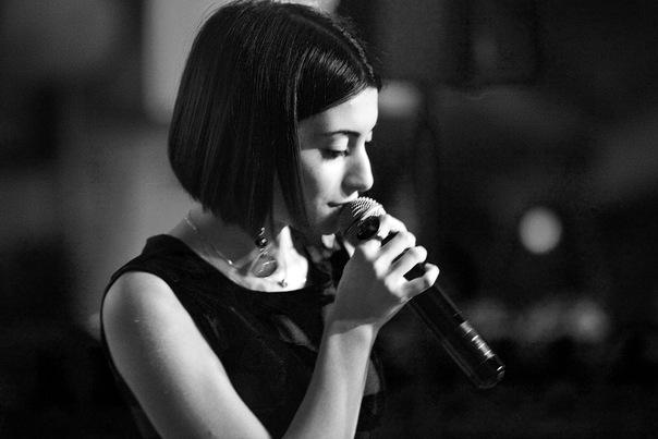 Гаяна Захарова Фото (Gayana Zakharova Photo) певица, участница телепроекта Голос