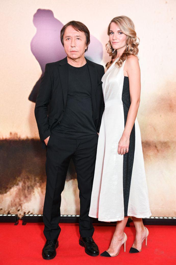 Женя Малахова Фото - актриса, певица, жена Рената Давлетьярова, экс-солистка Reflex
