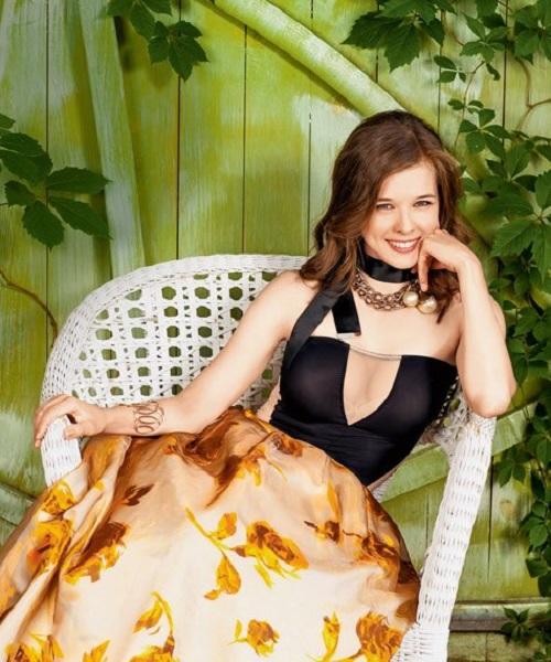 Катерина Шпица Биография (Katerina Shpitsa Biography) российская актриса, участница Ледниковый период