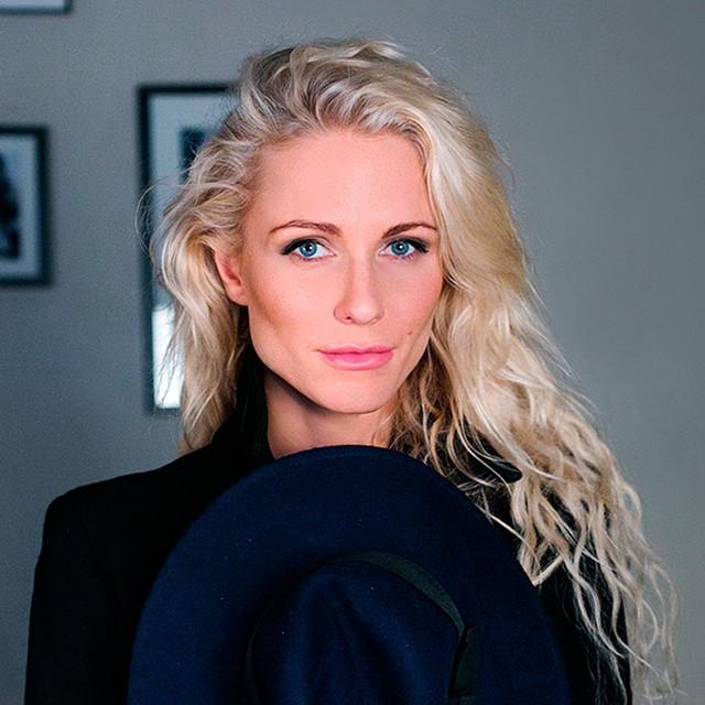 Катя Гордон Фото - певица, адвокат, журналист / Страница - 4