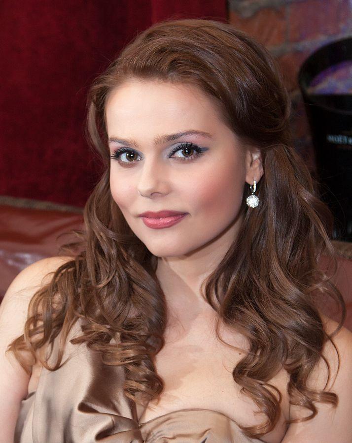 Ксюша Новикова Фото (Ksusha Novikova Photo) русская певица, экс-солистка группы Блестящие