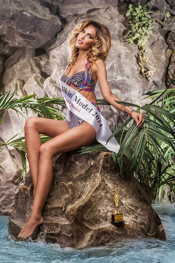 Марина Сашина Фото (Marina Sashina Photo) российская топ-модель, победительница конкурса «Miss Teen Ukraine-World 2012», телеведущая