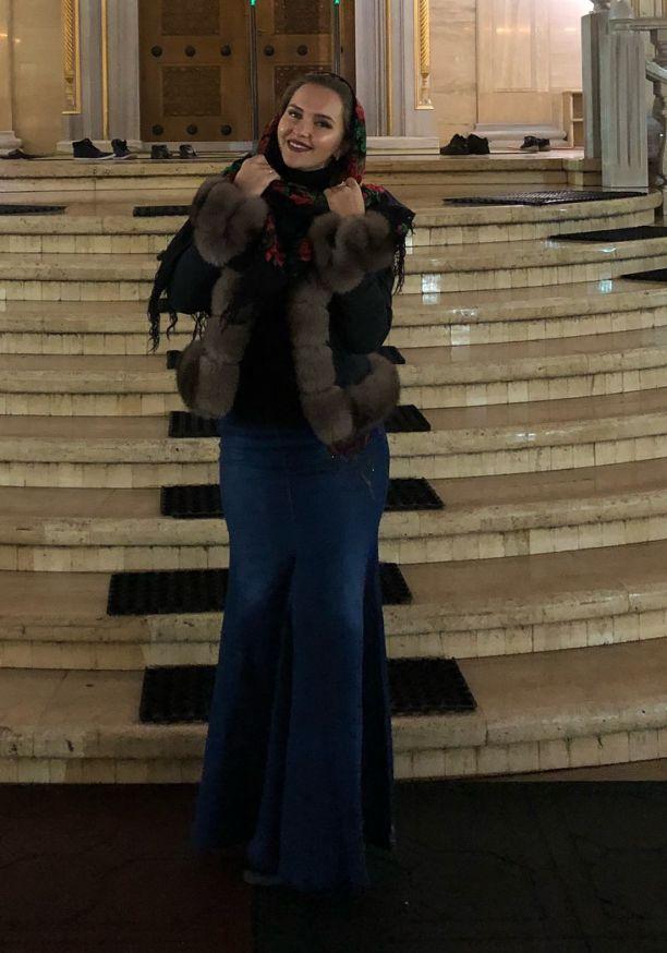 Оксана Яковлева (Солтымурадова, Yaxana) Фото - певица, танцор pole dance