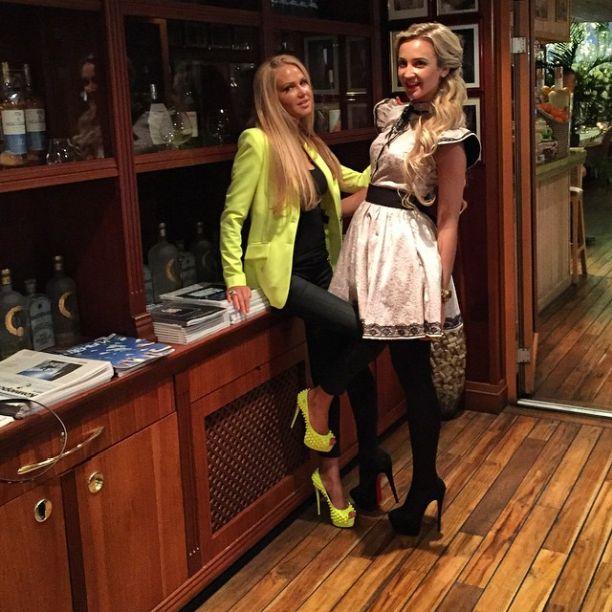 фото жен футболистов дмитрия тарасов