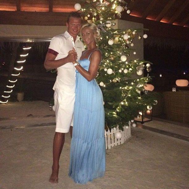 Телеведущая Ольга Бузова и муж спортсмен и футболист Дмитрий Тарасов