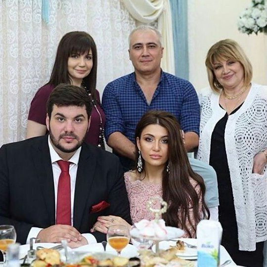 Самира Гаджиева и Арчи-М (Артур Магомедов). 17 сентября 2017 год, сватовство.