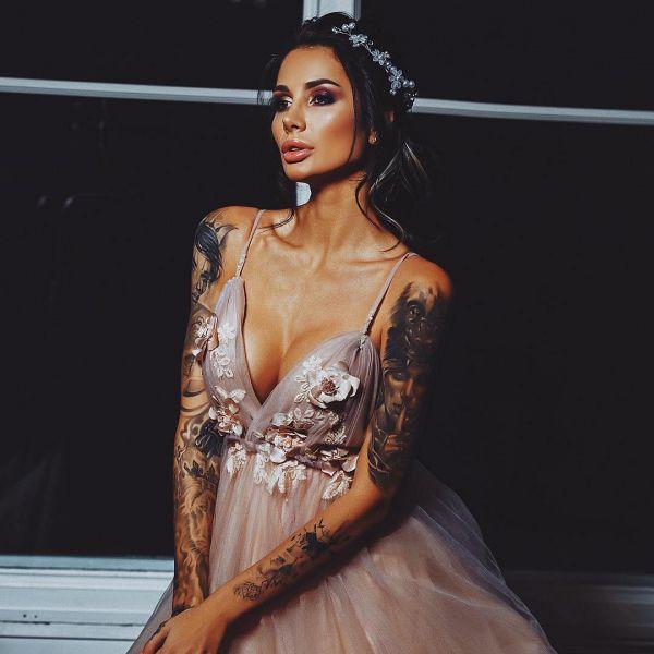 Саша Кабаева (Sasha Kabaeva, Александра Липовая, Алина Кабаева) Фото - модель, барбер, звезда Soho Rooms
