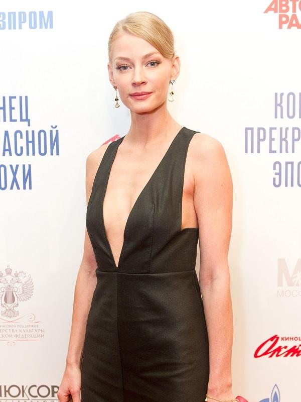 Светлана Ходченкова на премьере фильма «Конец прекрасной эпохи»