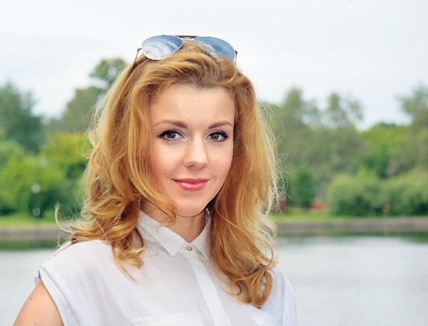 Юлианна Караулова Фото (Ulianna Karaulova Photo) русская певица, участница группы 5sta Family, участница проекта Фабрика Звезды