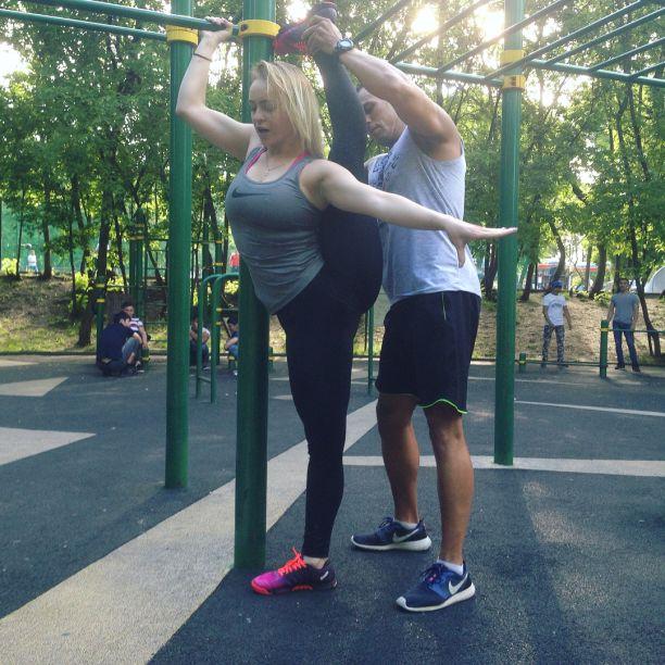 Юлия Каменская (Uliya Kamenskaya) Фото - модель, тренер, умеет садиться на шпагат / Страница - 35