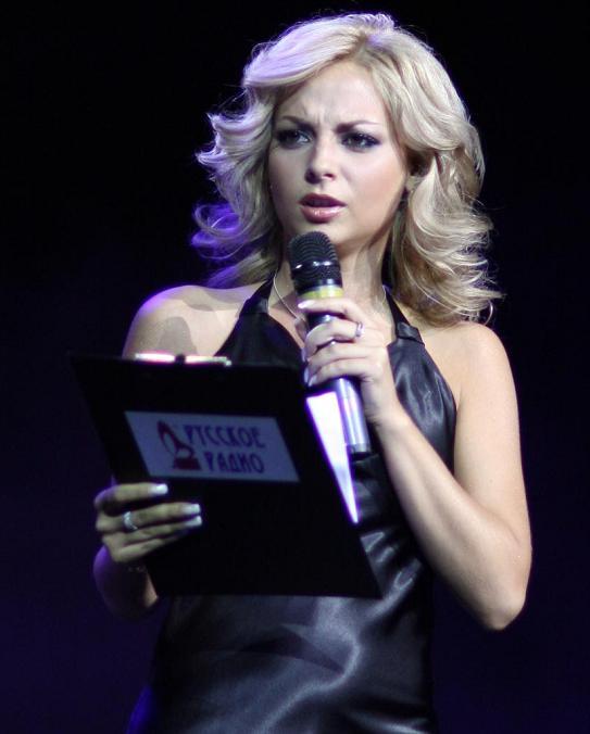Дарья Сагалова. Перейти к началу фоторепортажа Мисс Русское Радио 2008.