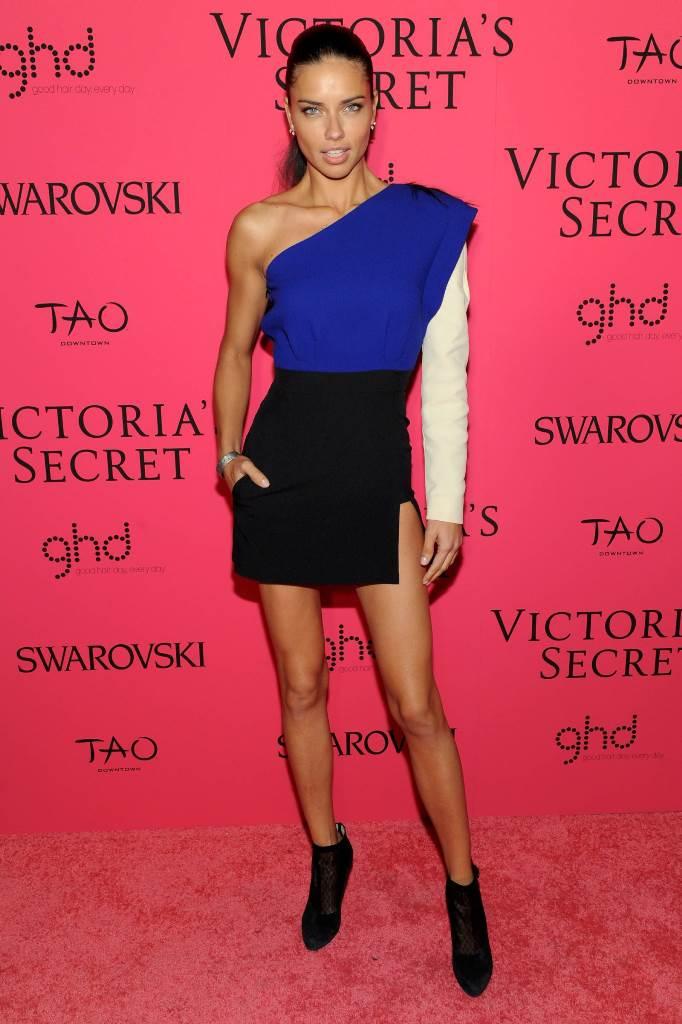 Адриана Лима на вечеринке Victorias Secret Fashion Show