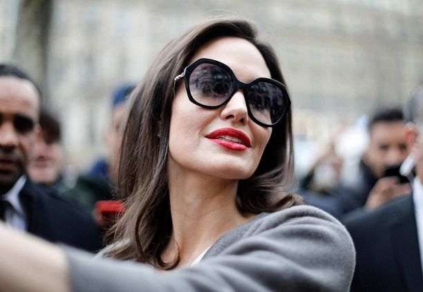 Angelina Jolie Photo (Анджелина Джоли Фото) голливудская актриса, самая красивая женщина в мире, жена Бреда Питта / Страница - 1