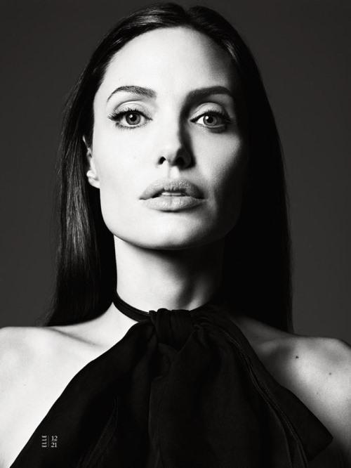 Angelina Jolie Photo (Анджелина Джоли Фото) голливудская актриса, самая красивая женщина в мире, жена Бреда Питта / Страница - 2