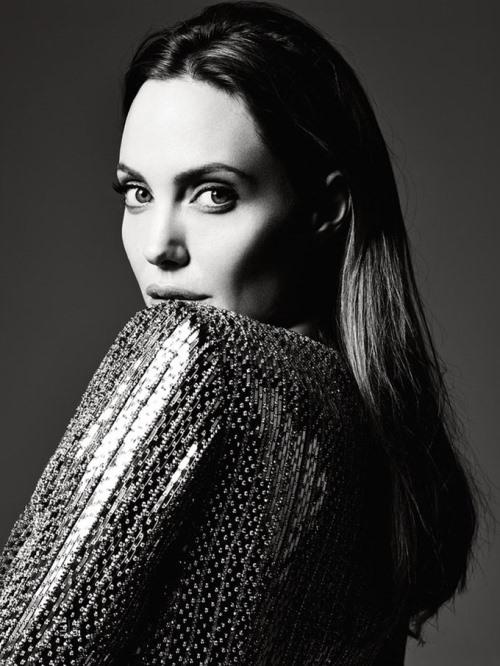 Angelina Jolie Photo (Анджелина Джоли Фото) голливудская актриса, самая красивая женщина в мире, жена Бреда Питта / Страница - 10