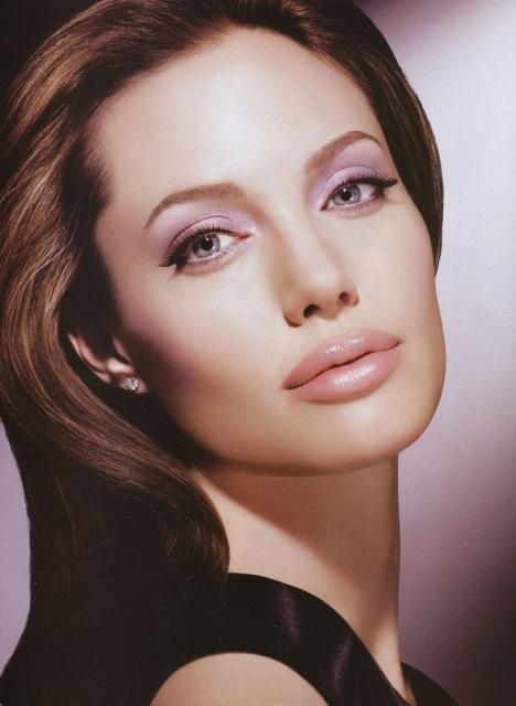 Angelina Jolie Photo (Анджелина Джоли Фото) голливудская актриса, самая красивая женщина в мире, жена Бреда Питта