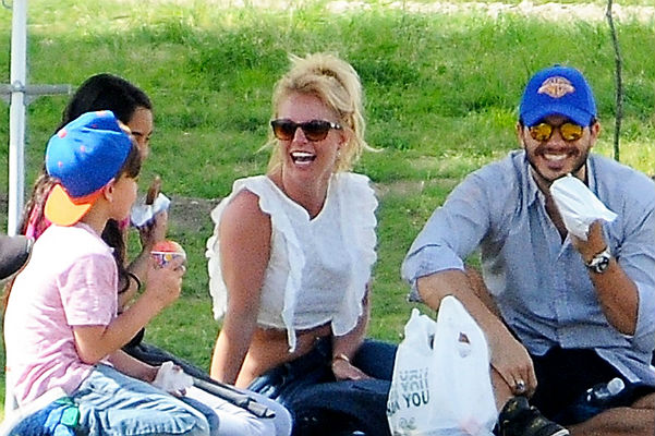 Britney Spears Photo (Бритни Спирс Фото) американская певица, принцесса поп-сцены / Страница - 4