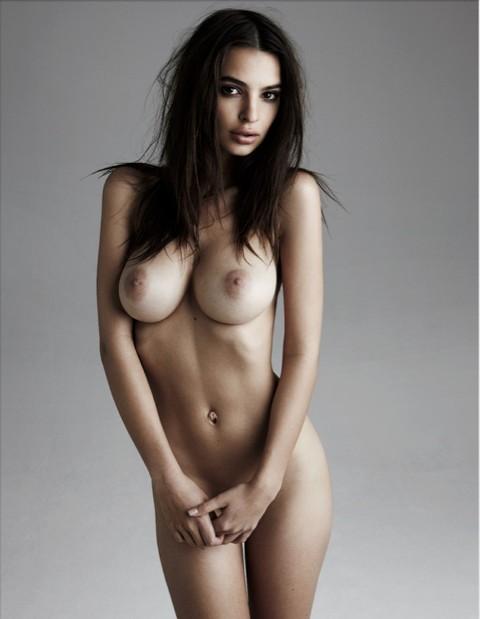 Порно фото эмили ратажковски