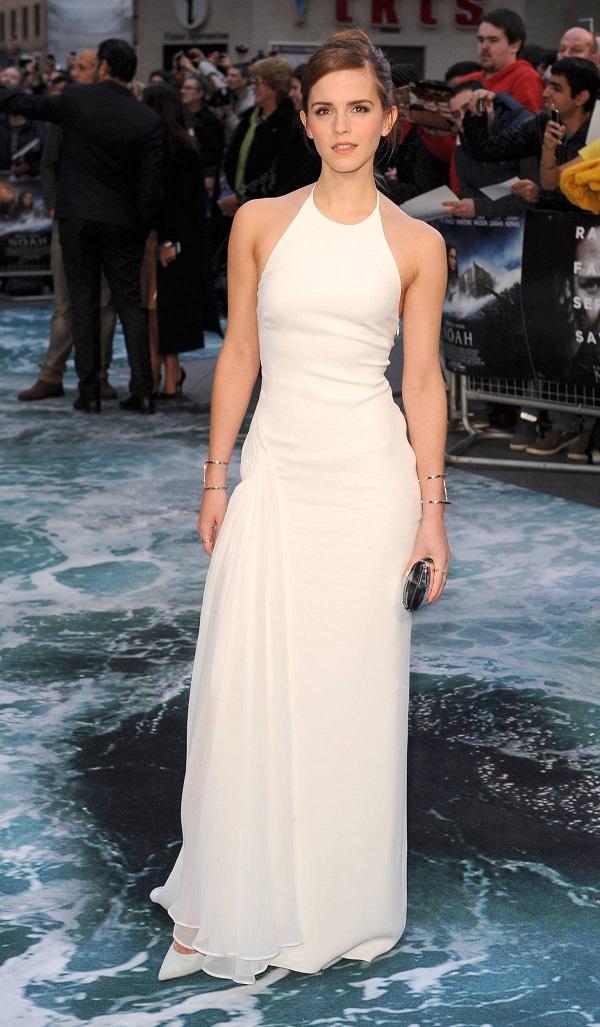 Эмма Уотсон в белом платье на шпильках