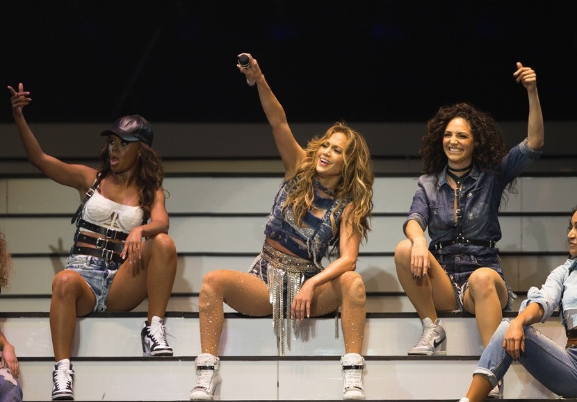 Дженнифер Лопез умеет завести публику на концерте