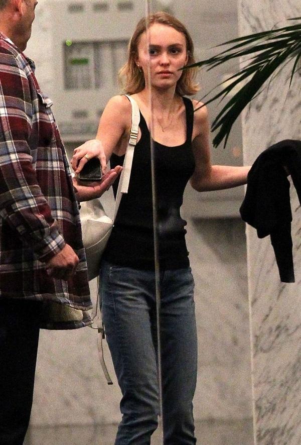 Лили Роуз Депп (Lily Rose Depp) Фото - модель, дочка Джонни Деппа / Страница - 10
