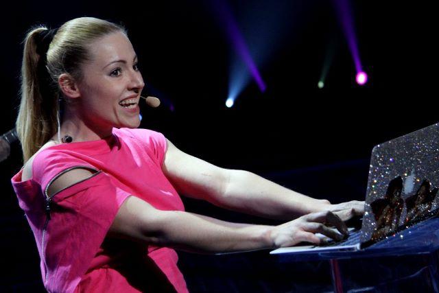 Valentina Monetta Photo (Валентина Монетта Фото) Евровидение 2013 Сан-Марино