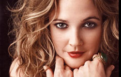 Drew Barrymore Biography (Дрю Бэриимор Биография) американская актриса, продюсер и кинорежиссёр
