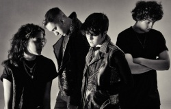 The XX Photo (ИксИкс Фото) британская инди-рок-группа